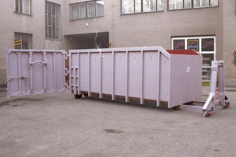 typ: ABL-500PED0625-21.2DS,  kód: 9084-5416-scan-10133, kontejner vybavený rolnami vpředu a vzadu, tj. čtyřmi, pro snadný posun po ploše, s místem pro montáž hydraulické ruky, z bezpečnostních důvodů vhodné jen pro rovinaté povrchy